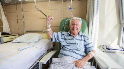 Ereburgemeester Platteau herstelt in het ziekenhuis van dijbeenbreuk