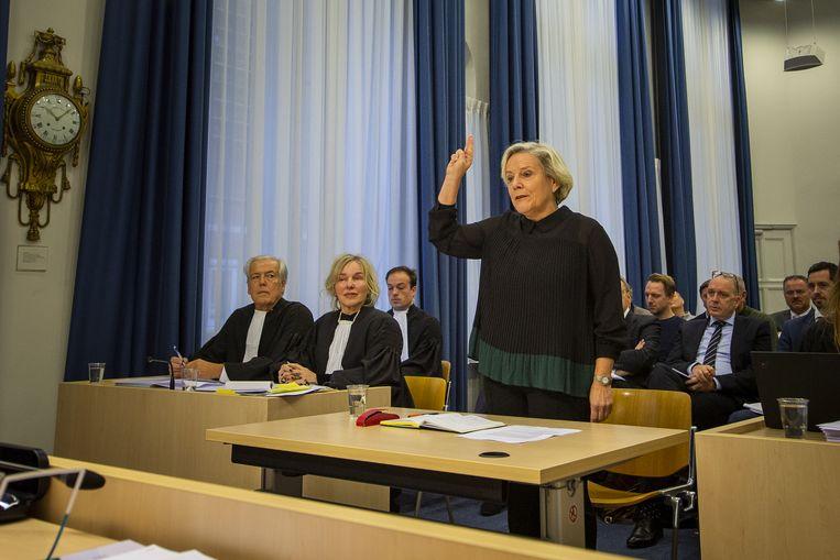 Ank Bijleveld, minister van Defensie, getuigt bij de rechtbank Utrecht inzake het proces rond het faillissement van reisorganisatie Oad. Beeld Michel Beskers