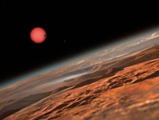 Drie mogelijk bewoonbare planeten ontdekt op slechts veertig lichtjaar van aarde