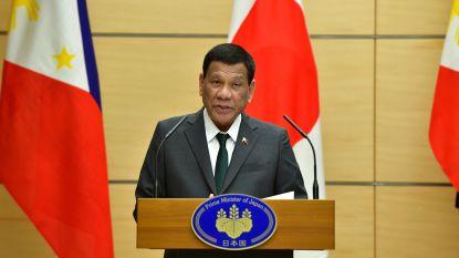 """Filipijnse president """"genas"""" van homoseksualiteit door mooie vrouwen"""