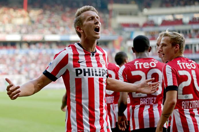 Luuk de Jong schreeuwt het uit nadat hij op 31 juli 2014 scoort voor PSV. Het is zijn eerste officiële treffer in dienst van PSV.  In het Europacup-duel tegen SKN St. Pölten maakt hij de enige treffer.