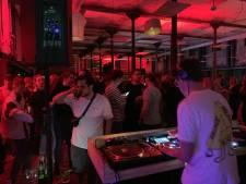 Museumnacht Enschede: redactie Tubantia even hipste club van Twente