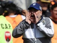 Maradona annonce son retour au poste d'entraîneur de Gimnasia La Plata