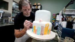 Bakker die taart weigerde voor homostel trekt opnieuw naar rechtbank. Dit keer na bestelling van transgender