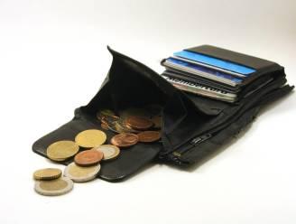 Wisselgeld uit auto gestolen