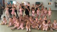 """Balletdanseres- en lerares Nicole (74) danst na 65 jaar laatste pirouettes: """"Ik word supporter nummer één van opvolgster Delfien en haar dansschool"""""""