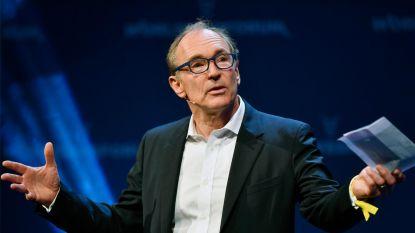 Godfather van het World Wide Web opent aanval op Google en Facebook