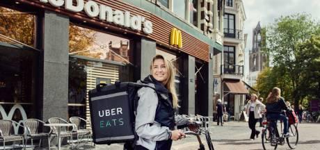 Proef geslaagd, McDonald's gaat ook in Rotterdam en Utrecht bezorgen