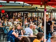 Wat te doen in Twente op een uitzonderlijke nazomerdag? Juist, terrassen!