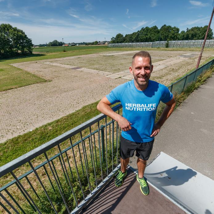 Sonny van de Worp wil op het evenemententerrein in Fijnaart een sportpark realiseren voor inwoners.