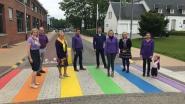Eerste regenboogzebrapad van Westerlo is een feit