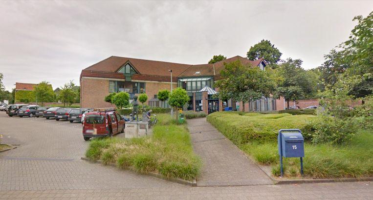 De bibliotheek van Temse in de Oeverstraat, waar met Vlaamse steun een volledig nieuwe en energiezuinigere verwarming zal worden geplaatst.