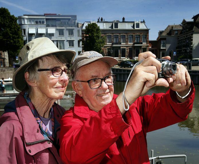 Canadese toeristen te gast in Gorinchem.