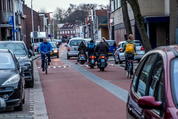 """,,Het aantal motorvoertuigen op de Trouwlaan is te hoog om het als een veilige fietsstraat te beschouwen"""", aldus Accent."""