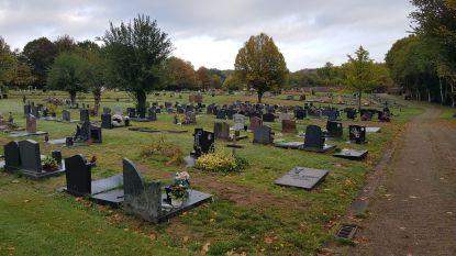 Verhuis van 300 graven dreigt gemeente zuur op te breken