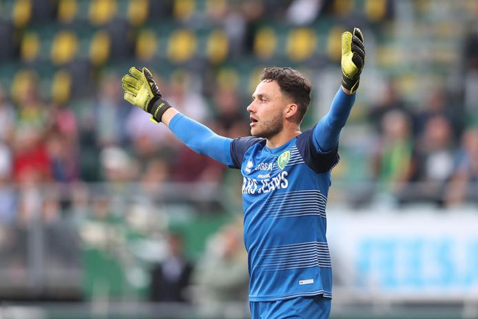 Luuk Koopmans debuteerde verdienstelijk voor ADO tegen AZ.