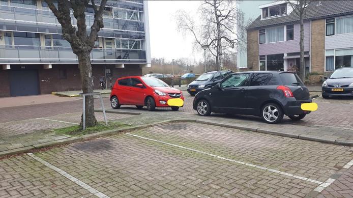 Foutparkeerders in Sterrenburg kunnen binnenkort een boete verwachten.