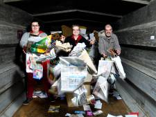 Nieuw klimrek of extraatje voor de kinderen op losse schroeven; Amersfoort draait geldkraan voor oud papier dicht