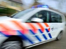 Fietser aangereden in Geldermalsen, auto rijdt door
