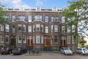 Het statige pand van begin vorige eeuw is gelegen in de buurt van het centrum van Utrecht.