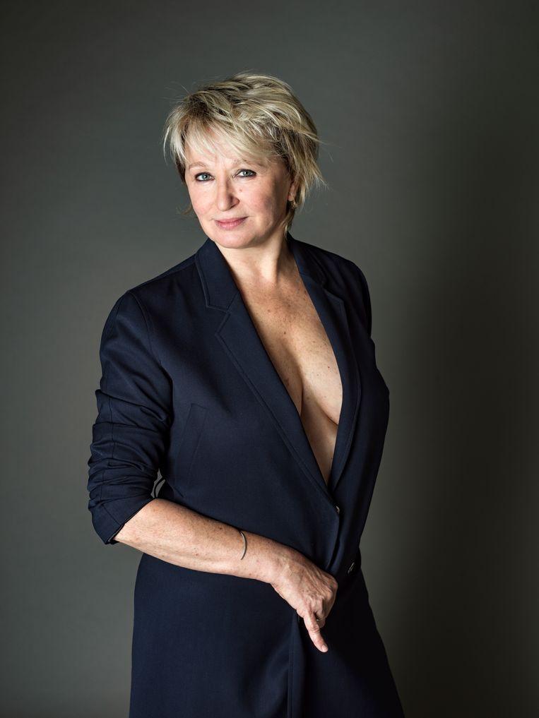 'Konden ze in lingeriewinkels maar de perfecte beha 3D-gewijs rond je borsten spuiten' Beeld Johan Jacobs / HUMO 2019
