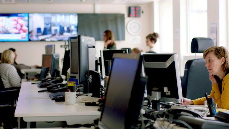 In de zevendelige reeks 'De veiligheid van het land' geeft Eén een unieke blik achter de schermen van het Crisiscentrum van de FOD Binnenlandse Zaken.