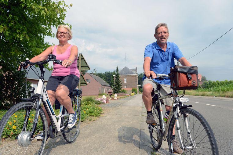 Meer  en meer mensen schaffen zich een elektrische fiets aan.