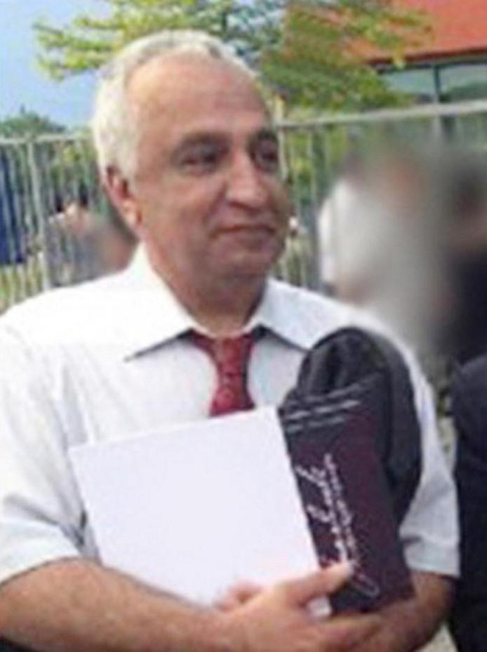 Mohammad Reza Kolahi Samadi leefde als Ali Motamed in Almere. Hij werd in Iran gezocht in verband met een grote bomaanslag in 1981.