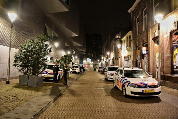 De politie stond onder meer in de Telegraafstraat.