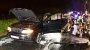 """""""Gert-Jan, er komen vlammen uit je wagen"""": vader verwittigt zoon dat BMW in brand staat"""