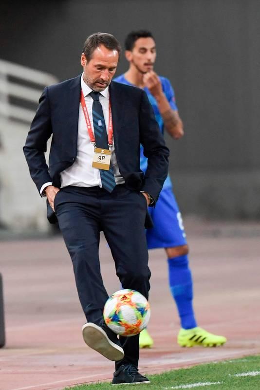 John van 't Schip lijkt met Griekenland kansloos voor kwalificatie.