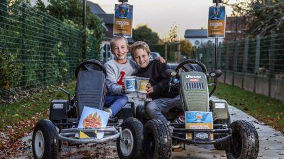 Glasbolhelden Maurice (9) en Lenn (8) lastig gevallen in sportpark Kuurne