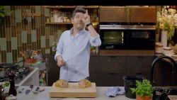 """Jeroen Meus kookt in 'Dagelijkse Kost' voor doodgereden fan: """"Een schoner eerbetoon konden we Jasper niet geven"""""""