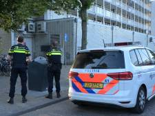 Beveiliger voorkomt overval in Westermarkt Tilburg: politie vindt duo met mes en hamer niet