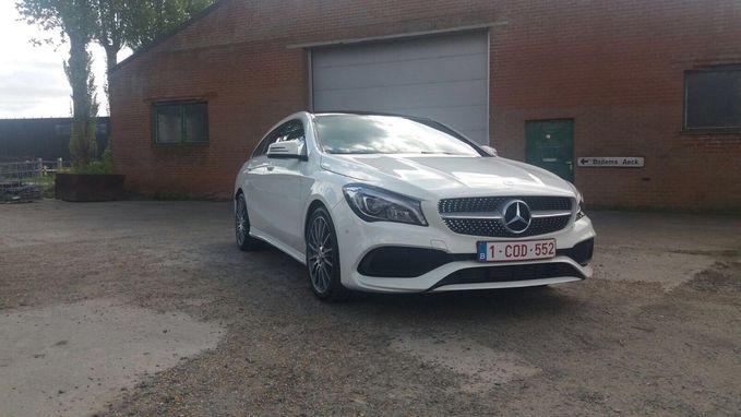 Inbrekers aan de haal met opvallende Mercedes CLA