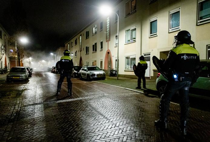 Voor de derde avond op rij was het gister onrustig in Duindorp.