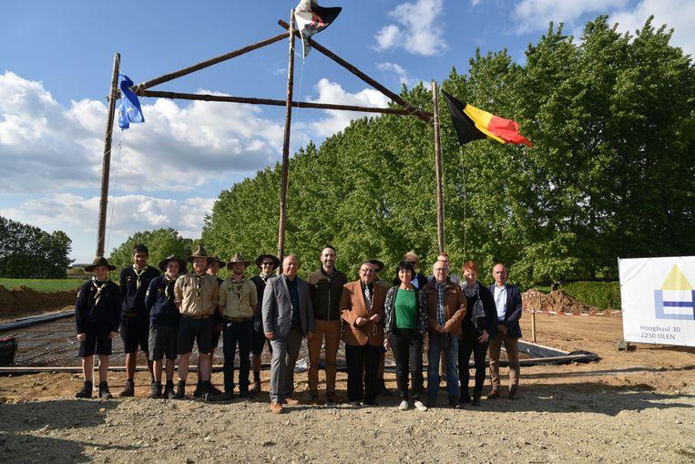 Veel blije gezichten zondag bij de eerstesteenlegging van de nieuwe lokalen van de Europascouts.