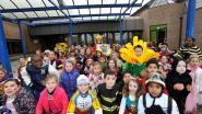 Fusieschool viert carnaval mét confetti