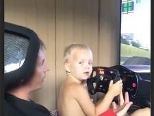 Prijs voor Sloane, Raïkkonen brengt zoontje kneepjes van het vak bij