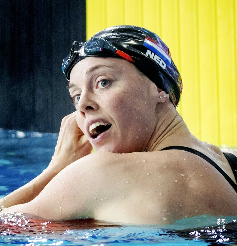 Femke Heemskerk na haar race op de 200 meter vrije slag in Glasgow. Beeld ANP