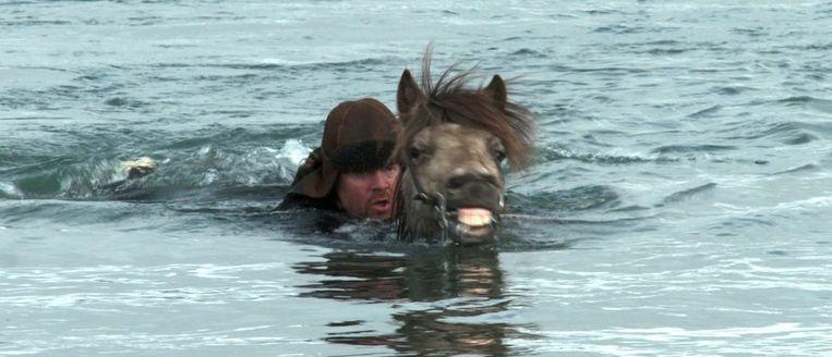 null Beeld Still uit Of Horses and Men