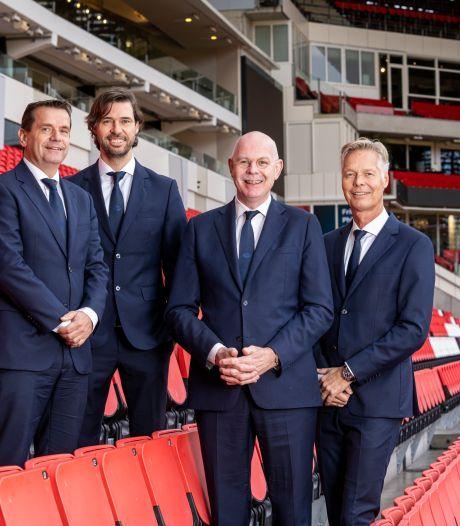 Een nooit voorziene krachtproef gaat onder leiding van Frans Janssen van start bij PSV
