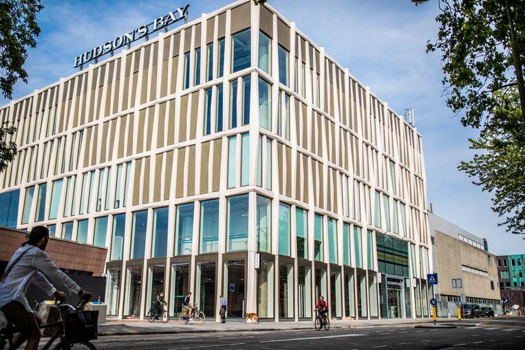 Magazijn 1181 trekt in het voormalige Hudson's Bay-gebouw Amstelveen. Beeld Nosh Neneh