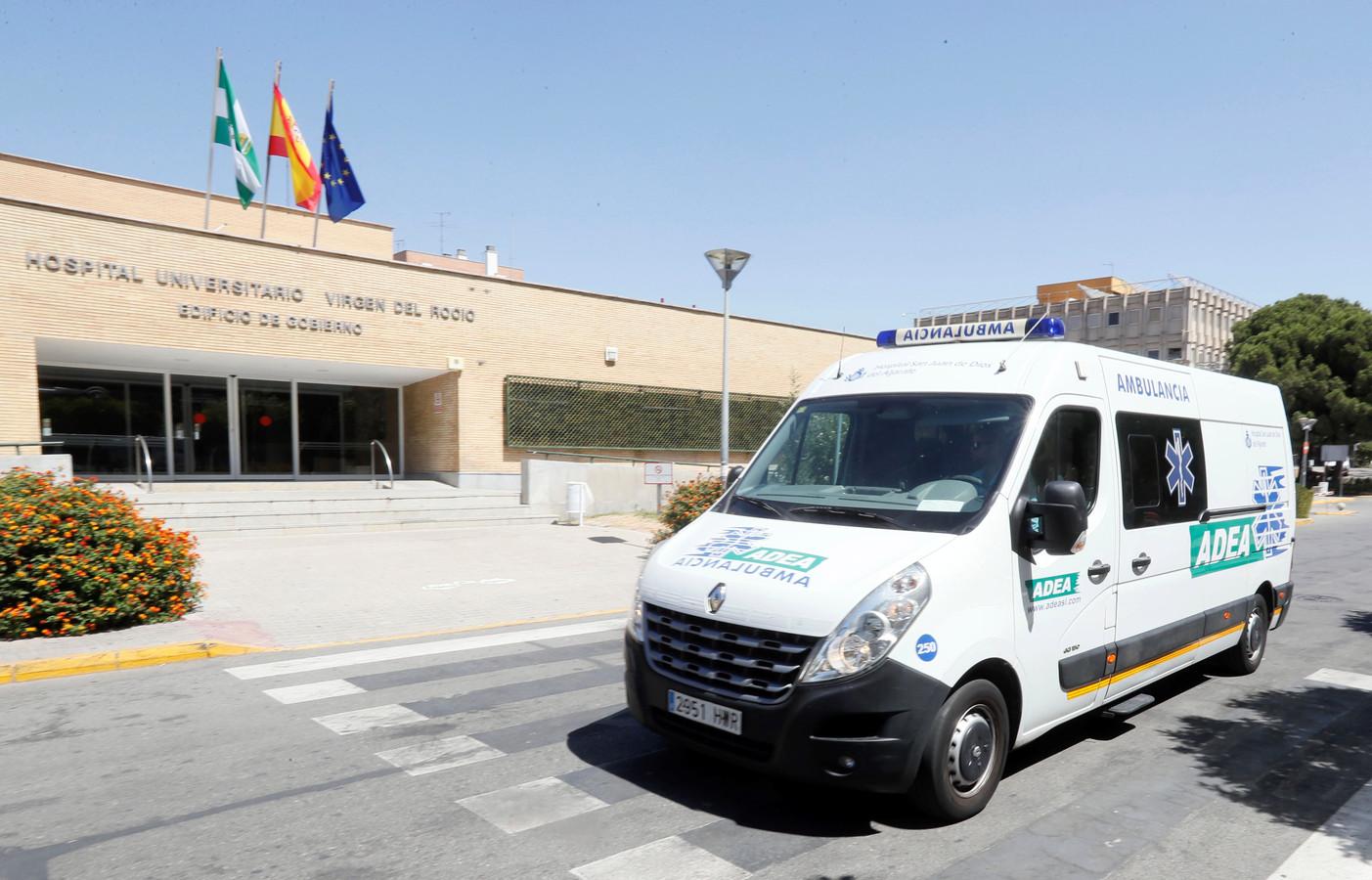 Het Virgen del Rocio ziekenhuis in Sevilla, waar een 90-jarige vrouw is overleden aan de bacterie.