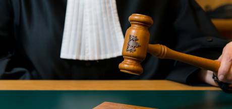 Bejaardenverzorgster moet 10 maanden cel in voor stelen van demente ouderen in Haagse zorginstelling