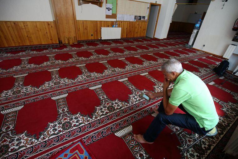 De moskee in Ripoll waar Abdelbaki Es Satty predikte. Beeld reuters
