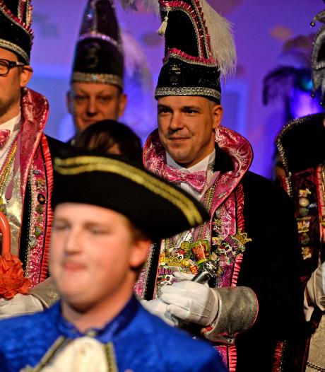 Carnaval barst los in Borne en Zenderen