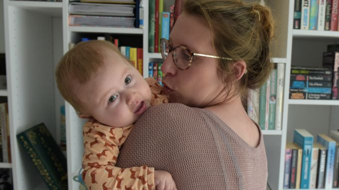 Nationale sms-actie moet doodzieke baby Pia redden