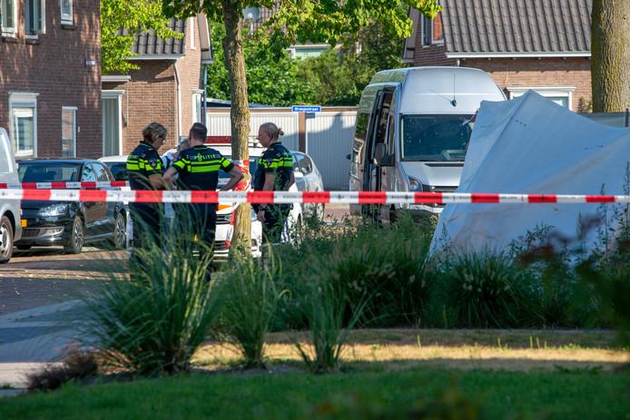 Recherche doet onderzoek na het dodelijke steekincident op 3 augustus.