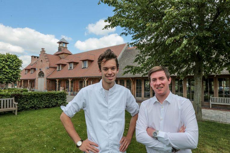 Maxence Sys en Laurent Willems bij hun tijdelijk restaurant in de Loodwitstraat.